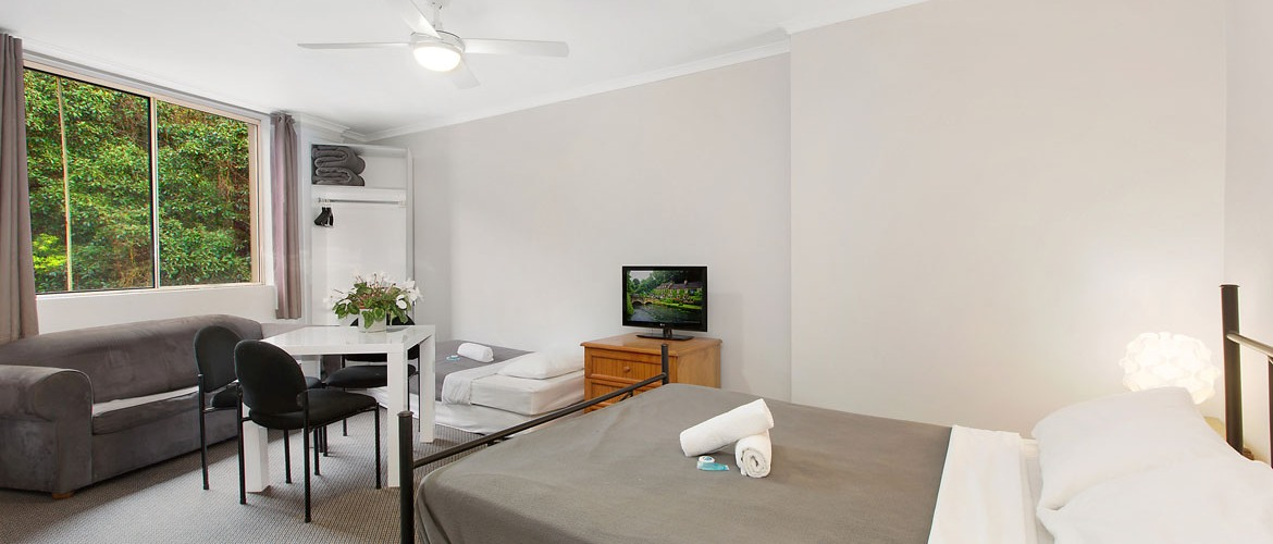 Manly-Beachside-Apartments-slider-5